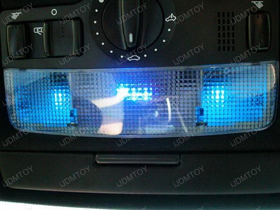 Volkswagen - GTi - interior - led - dome - lights - 1